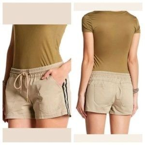 Jolt NEW Beige 9(29W) Junior Metallic Shorts